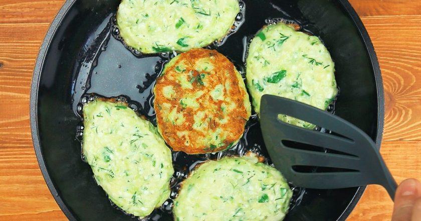 Оладьи из кабачков готовлю только так! Секретный ингредиент меняет всё. Одной порции будет мало.