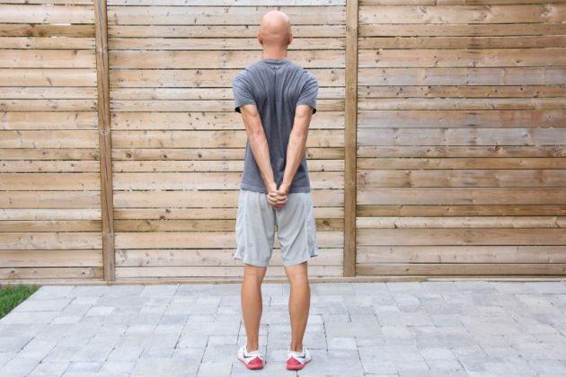 5 простых способов исправить сутулость