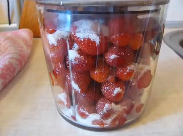 Как заморозить клубнику на зиму — 3 лучших рецепта