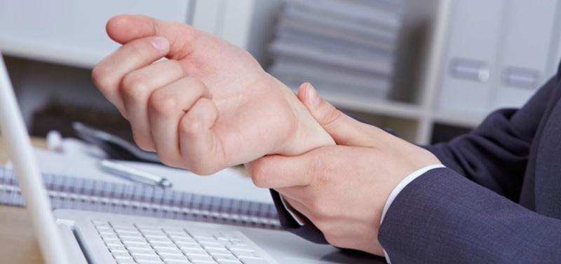 Почему немеют руки: 7 причин, заставляющих задуматься о здоровье.