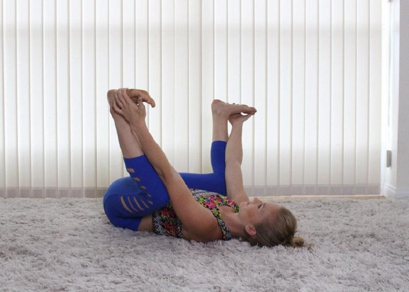 Не можешь разогнуться? 7 простых упражнений на растяжку избавят тебя от боли в спине.