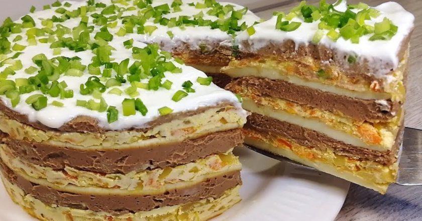Многослойный закусочный торт, который любой стол сможет сделать праздничным. Как долго я его искала!