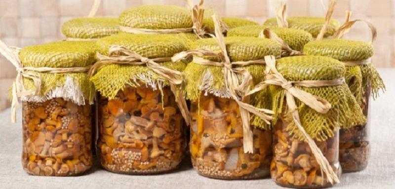 Маринад для любого вида грибов: будут хрустящими и слегка кисло-сладкими.