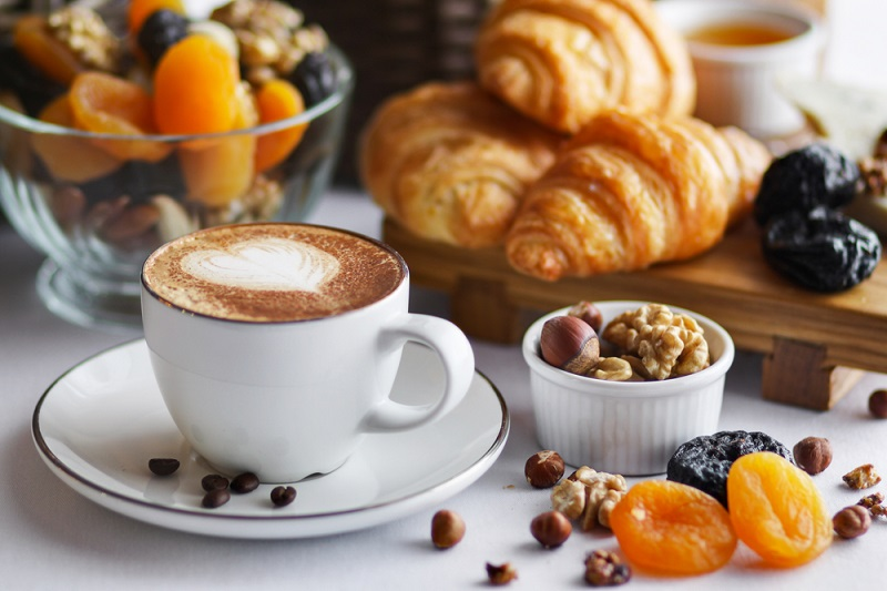 Лучший завтрак для тех, у кого выпирает живот (супруг завтракает только так).