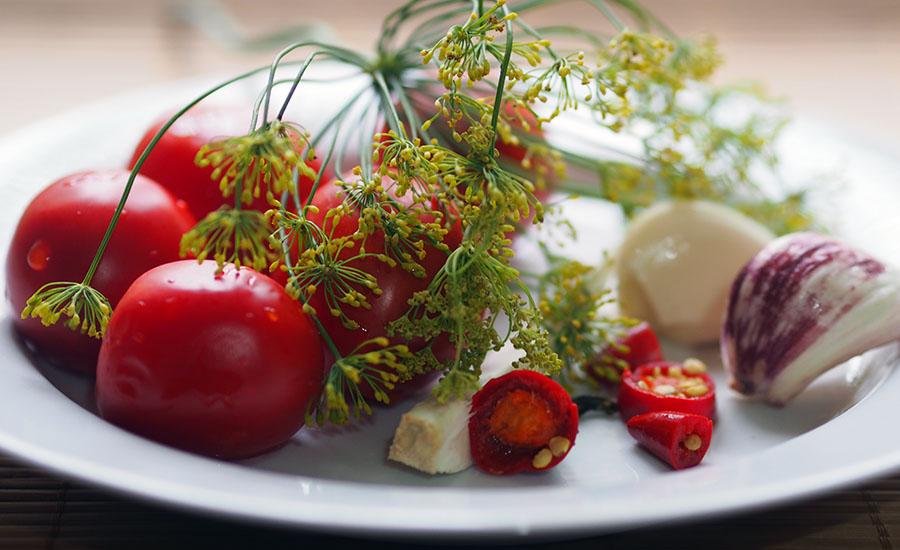 Рецепты консервации томатов: «нормальные» и для диеты без сахара