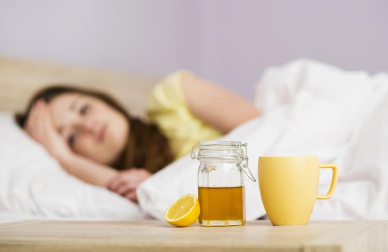Иммунолог: «Лечить простуду и бронхит нужно молоком. Парочка ингредиентов — и лекарство готово!».