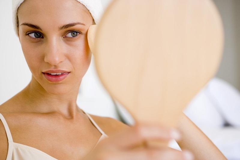 Чтобы в 45 лет кожа лица выглядела как у 30-летней, возьми чайную ложку, окуни ее в…