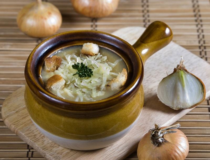 Бросаю луковую шелуху в суп, и вы тоже станете так делать, проворные хозяюшки!