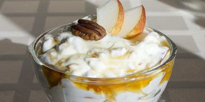 Целых 10 способов сделать творог вкусным: не ограничиваюсь фруктами и орешками