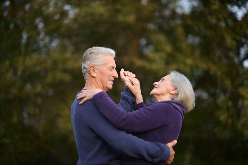Группа ученых доказала, что танец предотвращает старение. Вечно молодой — вечно танцующий.