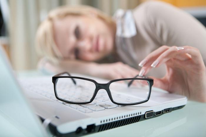 10 доказанных способов улучшить зрение. Самое время распрощаться с очками!