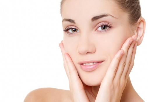 Японский метод избавления от омертвевших клеток с кожи, делая лицо фарфоровым и гладким!