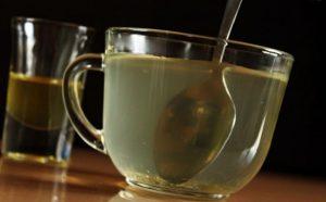 Вот что происходит, если вы пьете медовую воду каждое утро и как ее сделать
