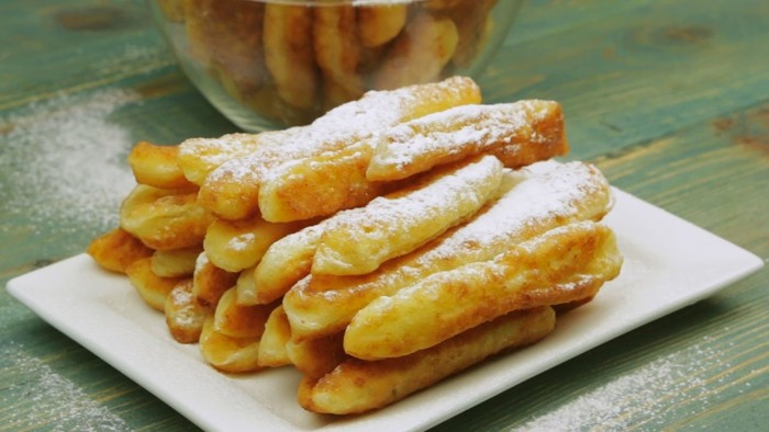 Вкуснейшие палочки из творога на завтрак. Вся семья обожает!
