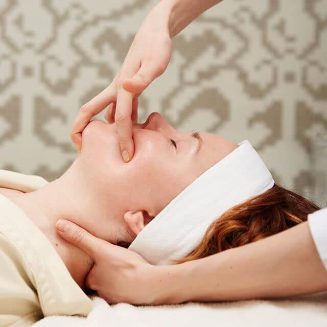 Буккальный массаж лица: Плюсы и минусы