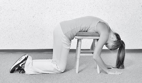 Как делать растяжку позвоночника: простые упражнения от нейрохирурга Игоря Борщенко